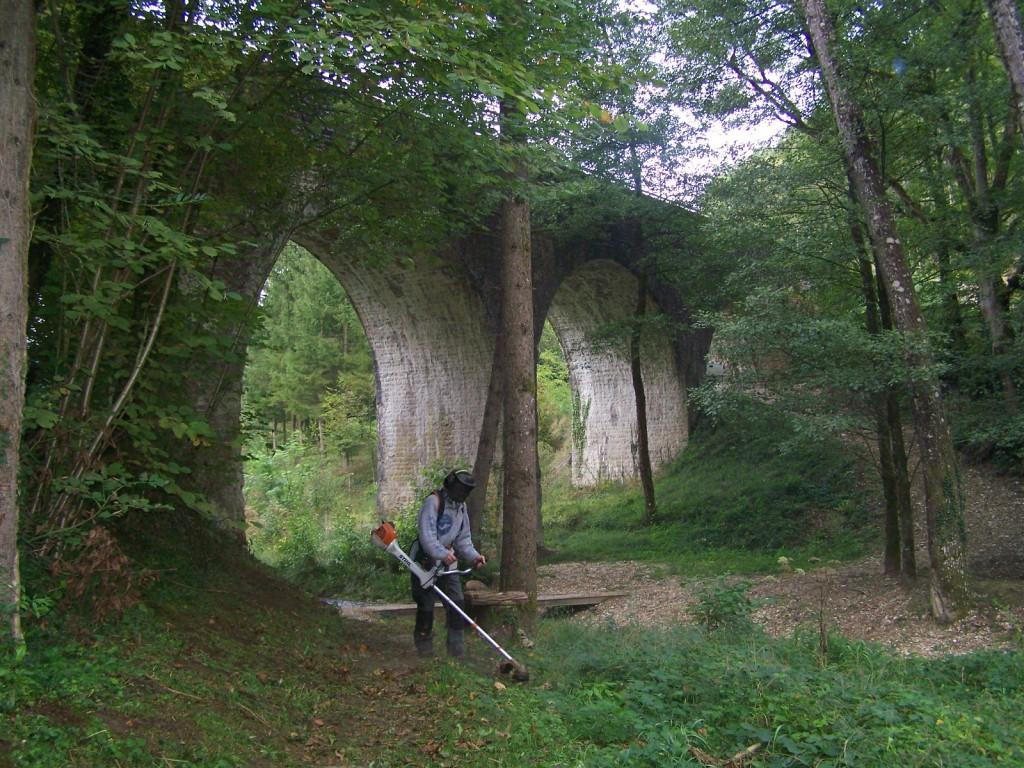 Sentier du Tarze à Auberives en Royans