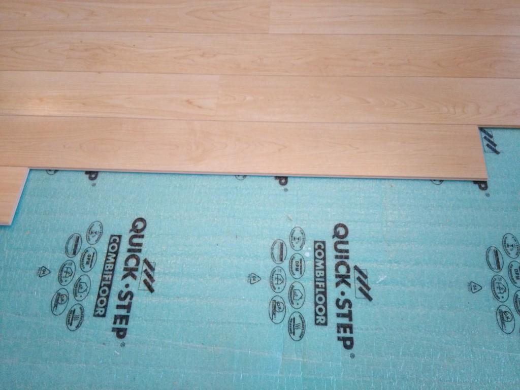 peinturer plancher flottant peindre un parquet flottant. Black Bedroom Furniture Sets. Home Design Ideas