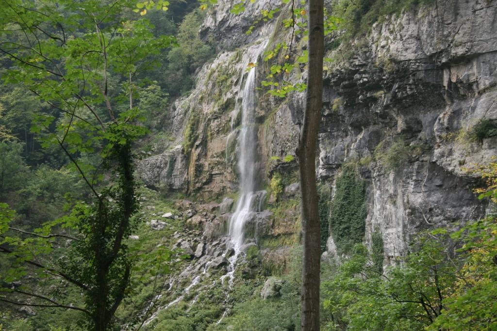 Bas de la cascade