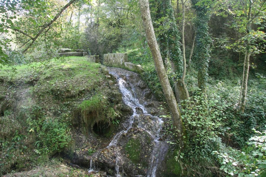 Le ruisseau de Bimat se déverse dans le Tarze