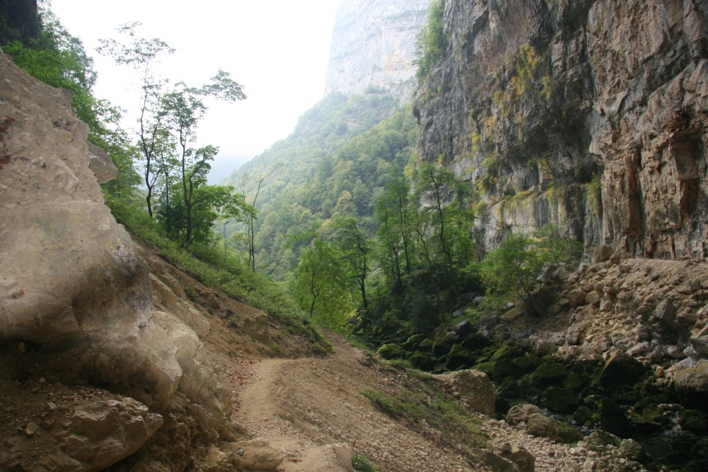 Les extérieurs de la grotte