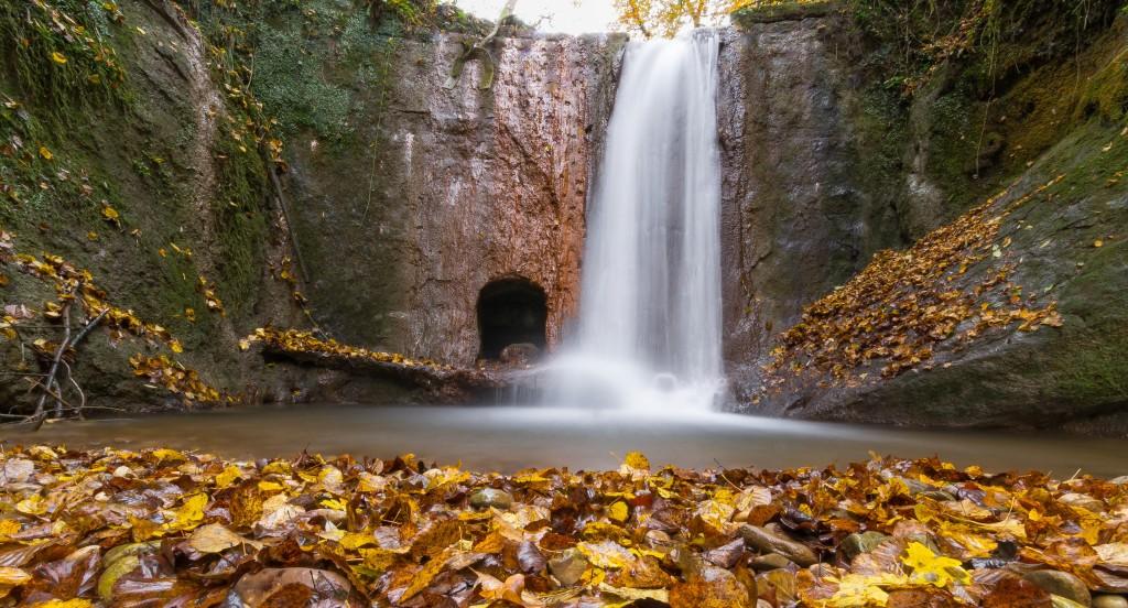 Cascade au ruisseau le Tarze