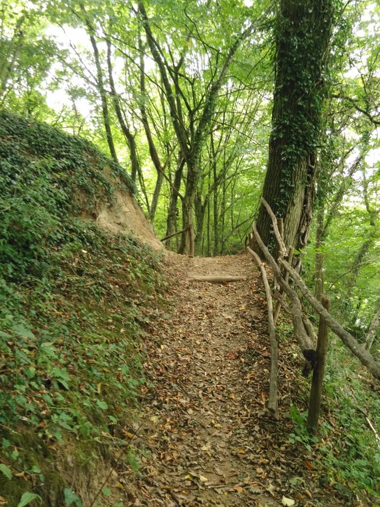 Des lisses de bois détériorées qui vont êtres changées